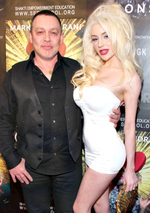 Odd new photos of Courtney Stodden