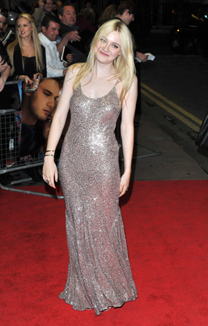Dakota Fanning at movie premiere