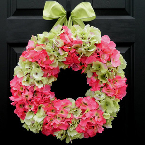 Spring hydrangea wreath