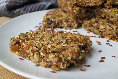 Homemade, super-healthy fruit and seed bars