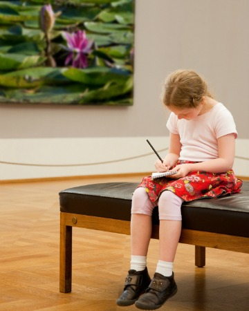 taking your kids to art museums