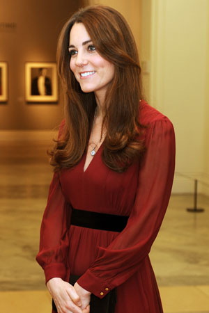 Artist Paul Emsley paints Kate Middleton