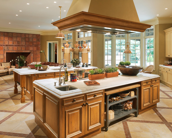 Kitchen design trends for 2013 for Entertaining kitchen designs