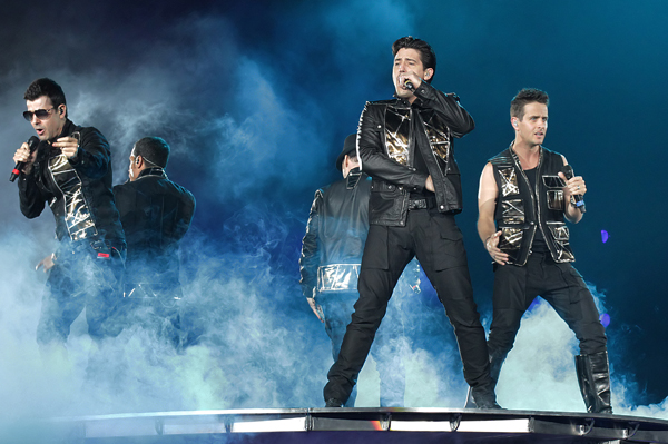 NKOTB going on tour with 98 Degrees, Boyz II Men