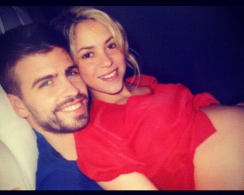 Pregnant Shakira