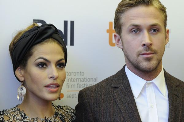 Is Ryan Gosling single again?