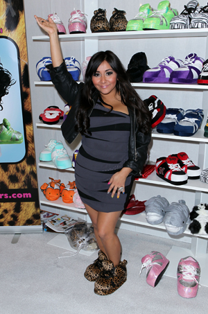Snooki and her Happy Feet slippers