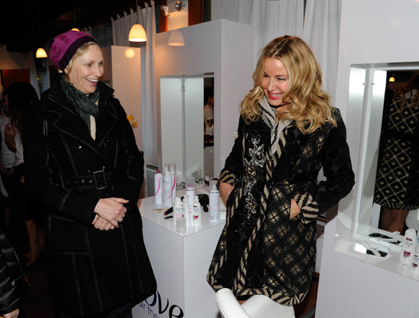 Jane Lynch & Jennifer Coolidg: Jane Lynch ran into Jennifer Coolidge at The Dove Color Care Salon
