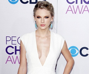 Taylor Swift at People's Choice Awards