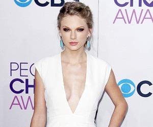 Taylor Swift at People's Choice Awards