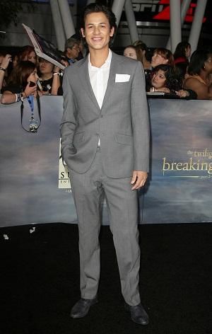 Twilight star Bronson Pelletier
