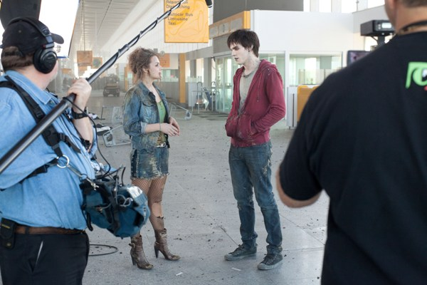 Whitney English and Nicholas Hoult, Warm Bodies set