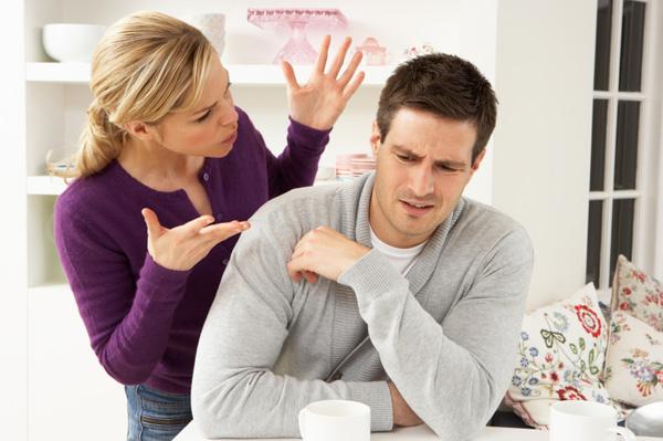 woman-nagging-boyfriend-in-kitchen.jpg