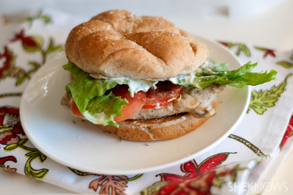 Grilled chicken breast sandwich with rosemary aioli recipe