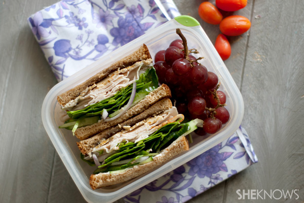Turkey with gouda and caramelized onions sandwich recipe