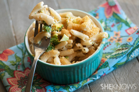 5 ingredient broccoli cheese pasta recipe
