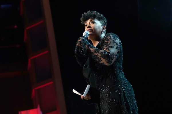 Anita Baker Performing at the Soul Train Awards