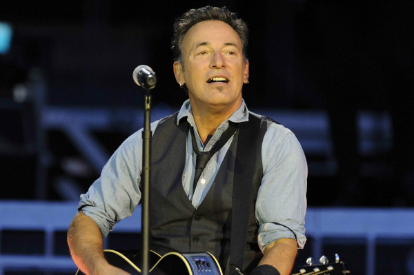 Bruce Springsteen Performing with the E-Street Band