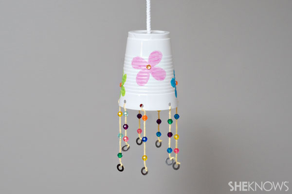 Easy spring art projects for preschoolers for Wind chime craft projects