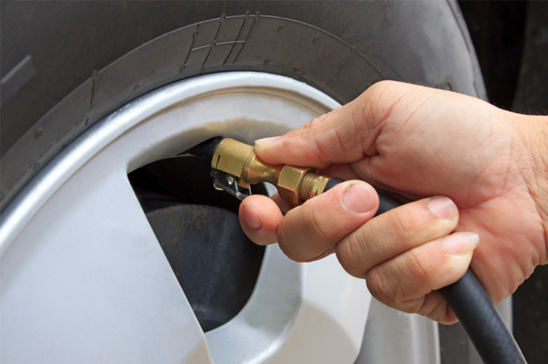 inflating car tire
