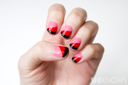 Red and pink Valentine's Day nail design