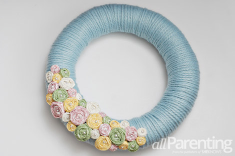 Pretty Easter wreath step 13
