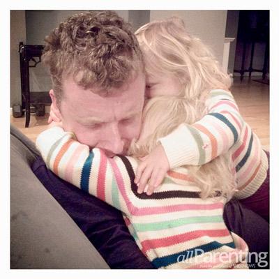 Jamie Grayson Nugget hug