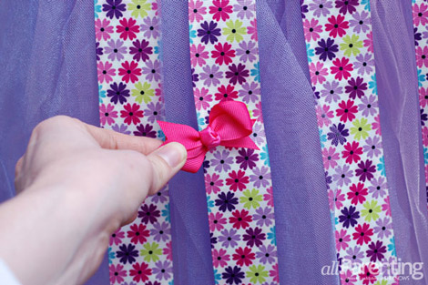 tutu hair bow holder step 16