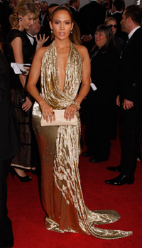 Jennifer Lopez wearing Badgley Mischka