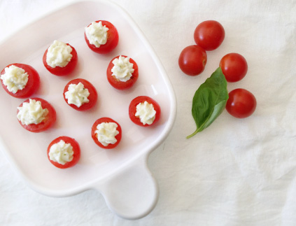 tomatoes caprese appetizer