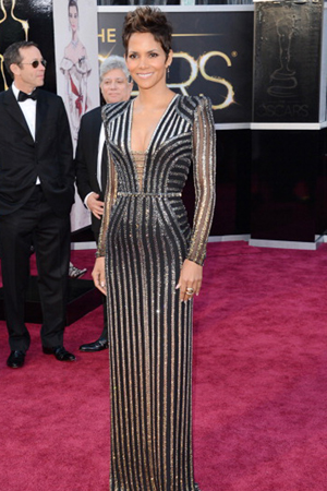 Halle Berry at the 2013 Oscars