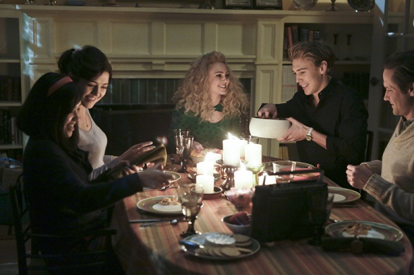 Carrie Diaries recap -- Thanksgiving