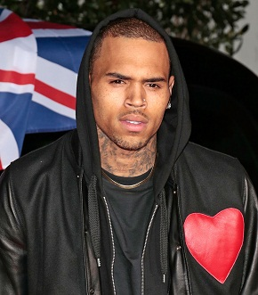 Chris Brown caught in lawsuit with Drake
