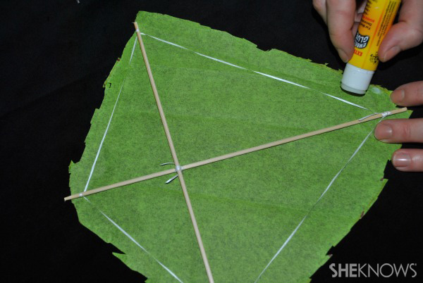 Make your own walking kite