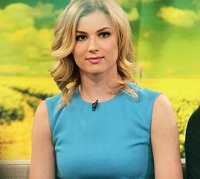 Emily VanCamp plays one determined girl