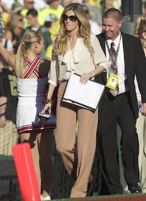Erin Andrews on the sidelines.