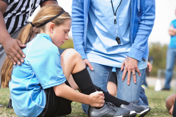 Girls suffer more overuse injuries in teen sports