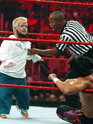 Hornswoggle -- A wee fightin' man