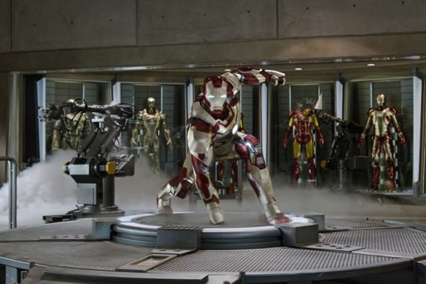 New Iron Man 3 trailer debuts at the Super Bowl