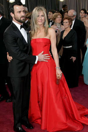 Jennifer Aniston at the 2013 Academy Awards