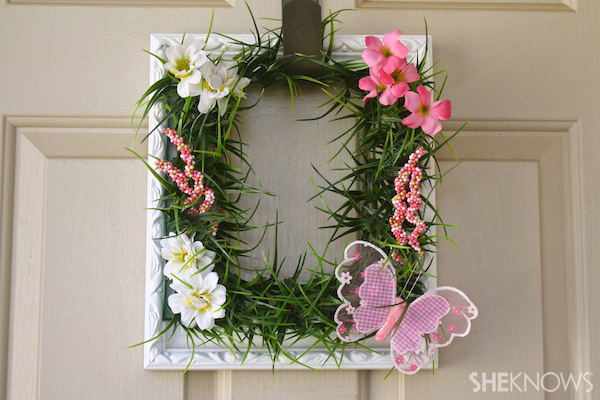 Spring frame wreath