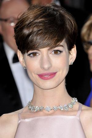 Anne Hathaway Oscars makeup