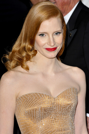 Jessica Chastain makeup at the 2013 Academy Awards