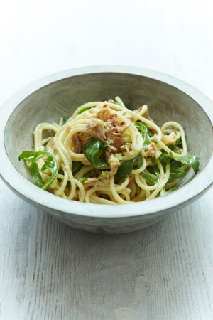 Spaghetti with Tuna, Lemon & Arugula
