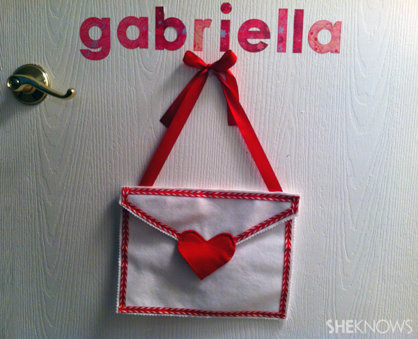 Final no-sew Valentine's Day craft