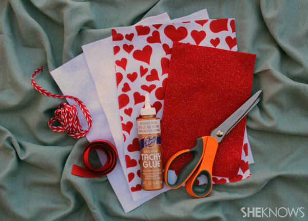 New sew Valentine's Day envelope -- supplies