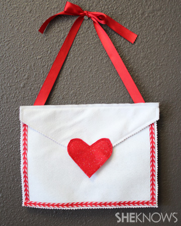 New sew Valentine's Day envelope