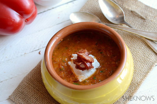 Bell pepper gazpacho with crispy prosciutto