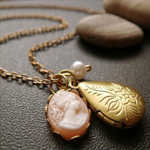 Lovely lockets made with care