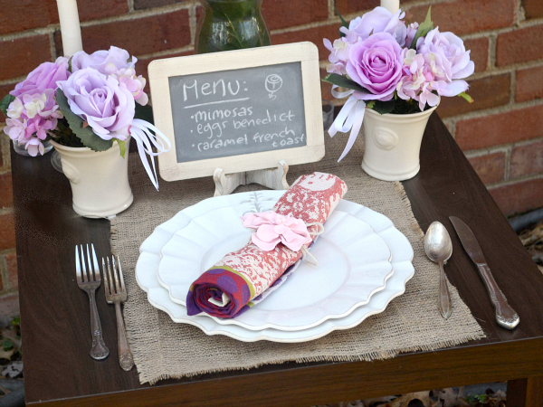 How to create a perfect brunch place setting